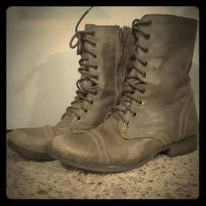Steve Madden Grey Leather Combat Boots